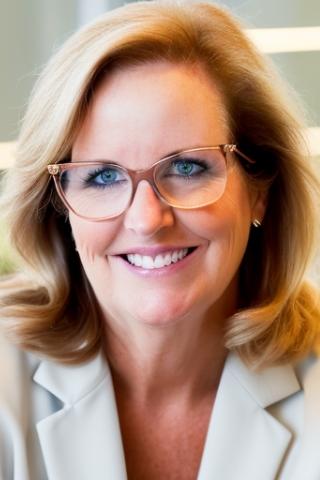 <b>Joanne Bates</b> - 1001323